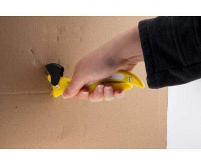 Safety skalper seče kartonsku kutiju